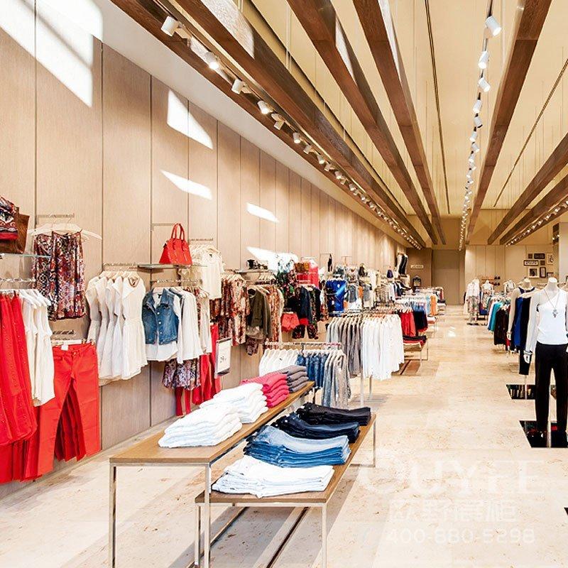 湖北武汉100平方女装店铺