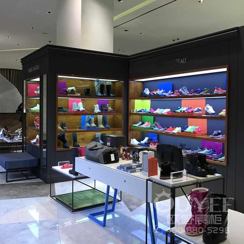 运动休闲鞋专卖店展柜设计定做