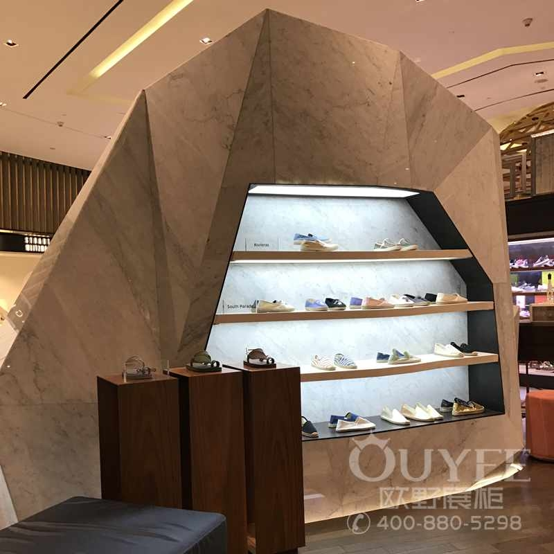 休闲布鞋专卖展柜设计定做
